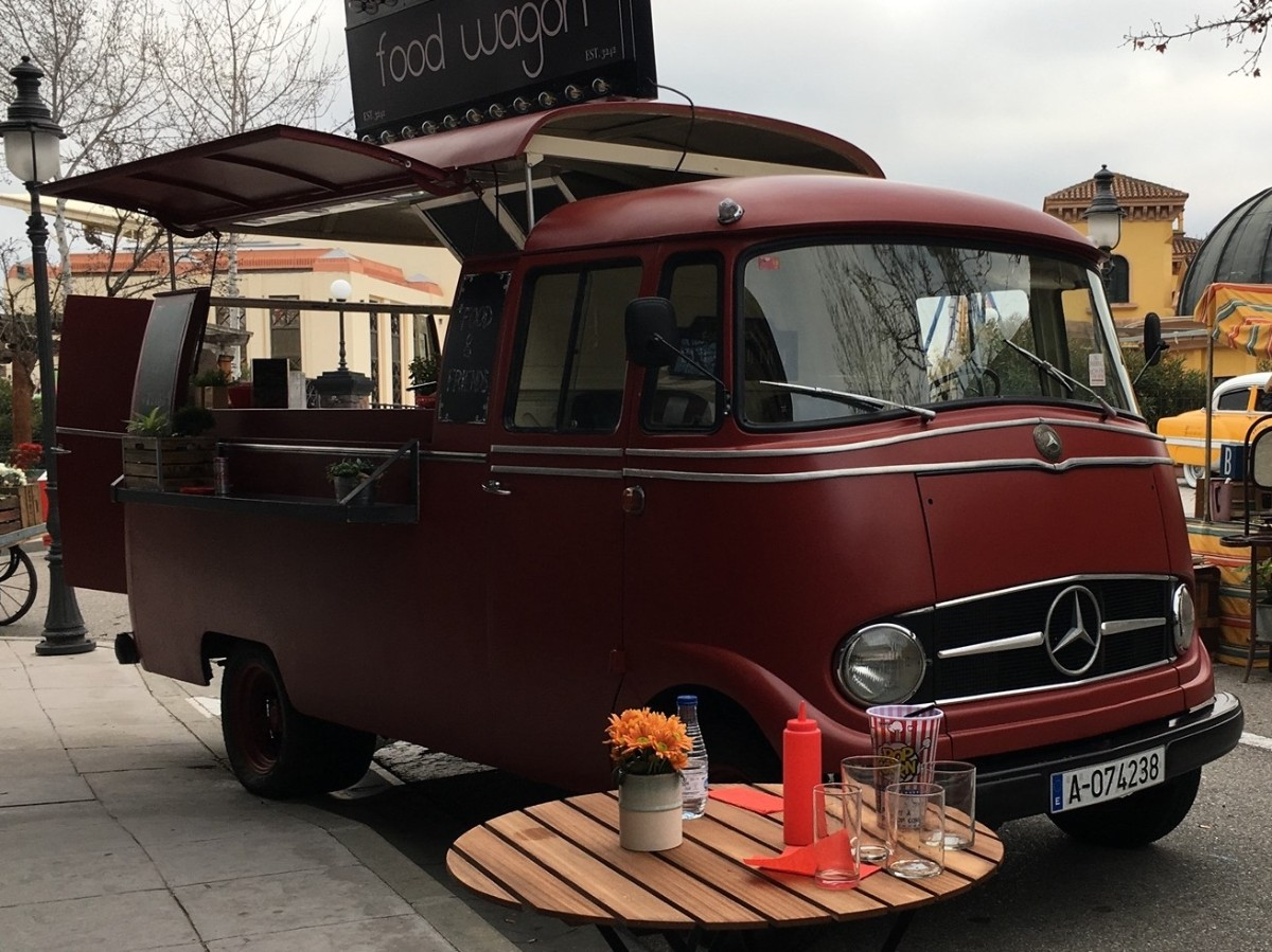 Cherry - Mercedes Benz L319