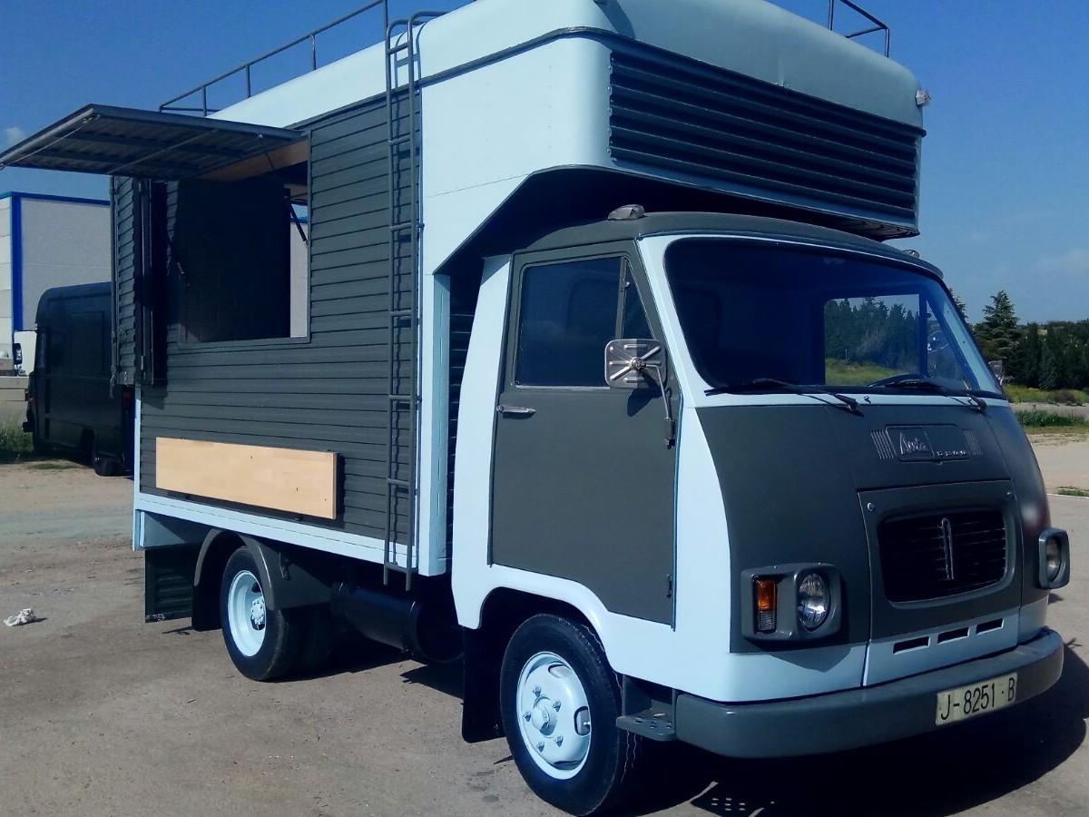 Food truck Avia Serie 4000