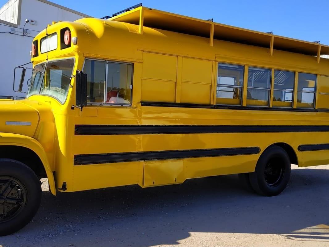 School bus americano
