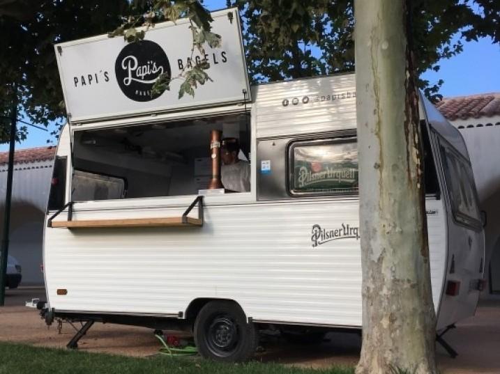 Food Caravan - Food Truck Vintage