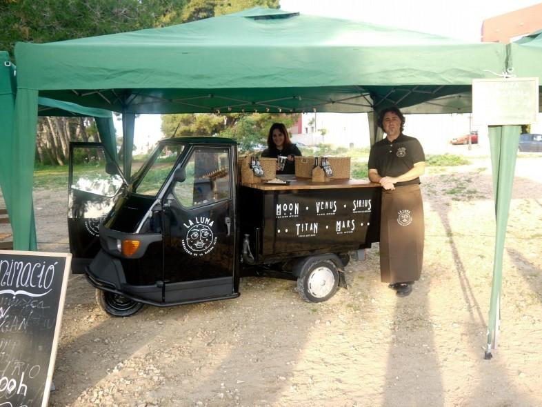 Cervezas La Luna Food Truck